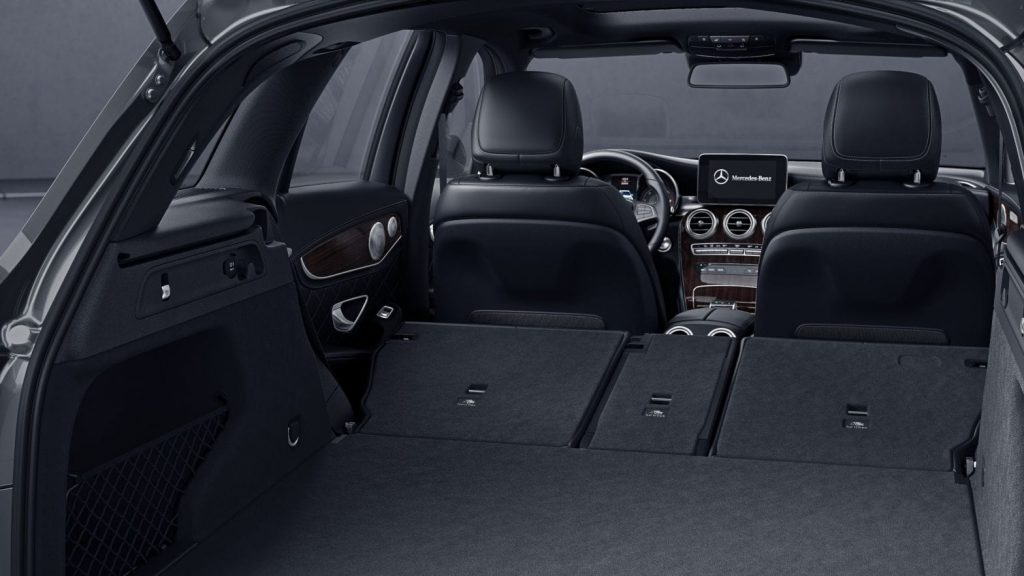 Mercedes-GLC300-2019-cop-xe-1024x576
