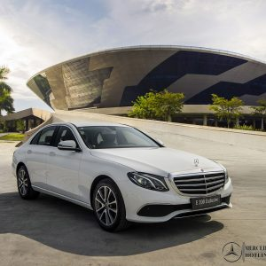 dau-xe-mercedes-benz-e-200-exclusive (2)-mercedeshanoi-com-vn