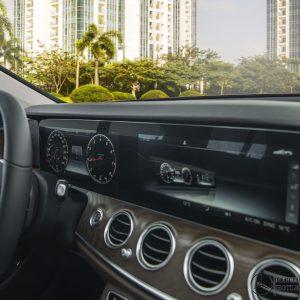 man-hinh-12-3-inch-mercedes-benz-e-200-exclusive-mercedeshanoi-com-vn