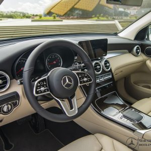 noi-that-Mercedes-Benz-GLC-200-2020_mercedeshanoi-com-vn (2)