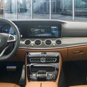 noi-that-xe-mercedes-e300-amg-mercedeshanoi-com-vn
