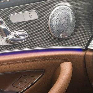 noi-that-xe-mercedes-e300-amg-mercedeshanoi-com-vn (5)
