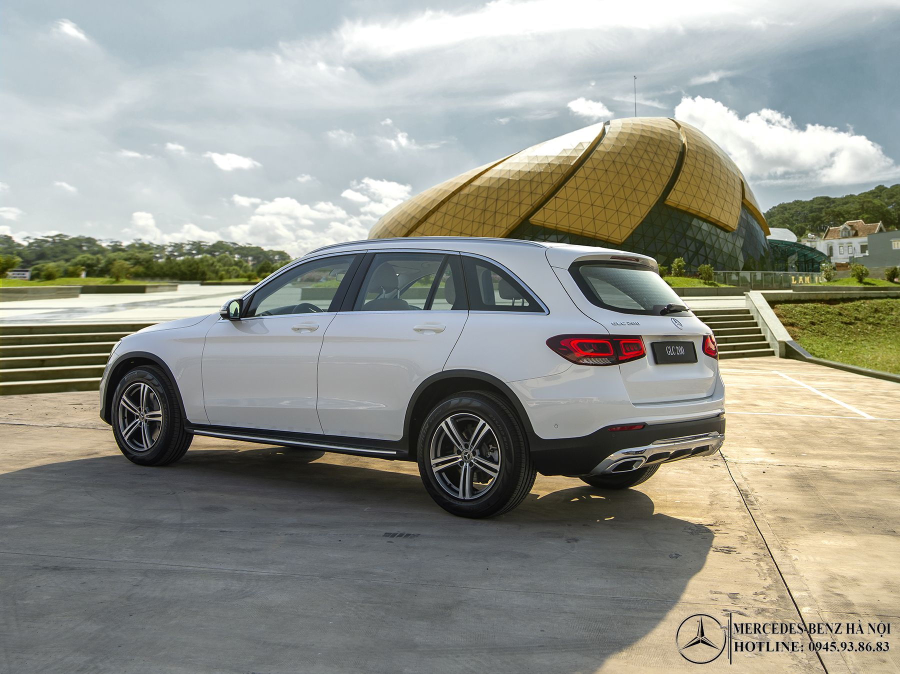 than-xe-Mercedes-Benz-GLC-200-2020_mercedeshanoi-com-vn